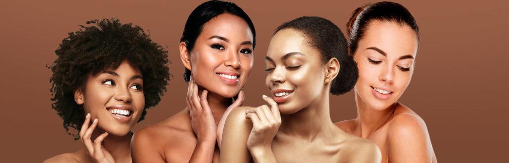 Imagem ilustrando mulheres de pele morena, para o artigo maquiagem para pele morena. As modelos estão sob um fundo amarronzado.