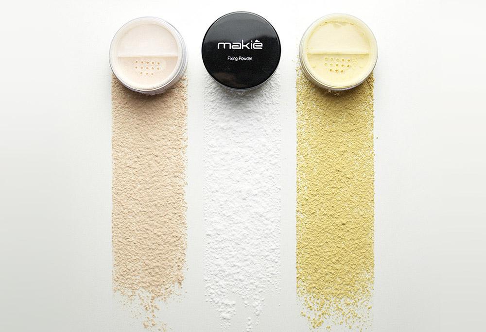 Imagem do produto fixador de maquiagem sobre sua textura no artigo maquiagem em foto.